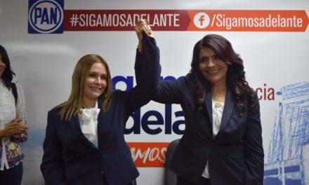 Se registra Eva María Vásquez en elección interna del PAN al Distrito III