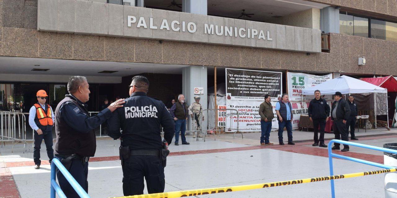 Autoridades evacuan Palacio Municipal por falsa amenaza