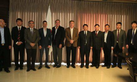 Se reúne Gobernador con integrantes de Misión Empresarial de Heibi, China