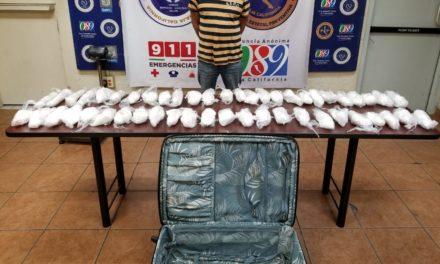 Detienen y decomisan a sujeto casi 20 kilos de metanfetamina en Compuertas