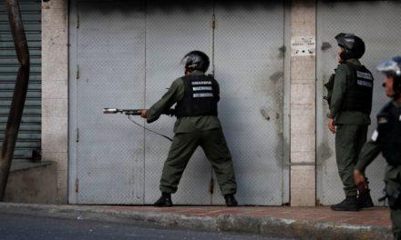 Presuntos militares apoyan a oposición venezolana