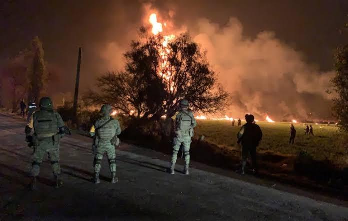 Aumenta a 66 el número de muertos por explosión de ducto en Hidalgo
