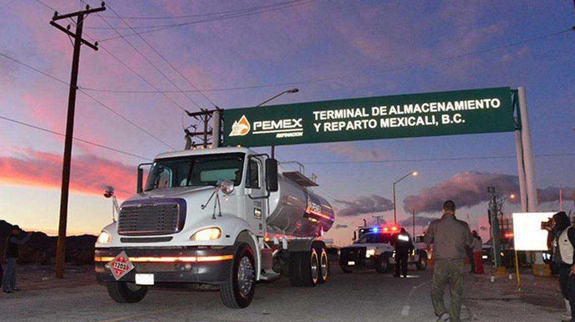 Hay abasto suficiente de gasolina en BC: Pemex