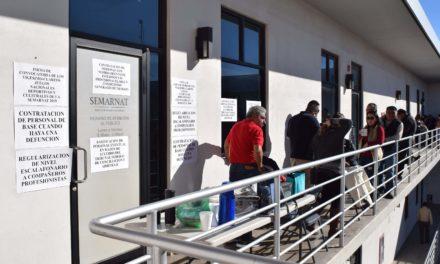 Trabajadores de SEMARNAT protestan y toman oficinas en Mexicali