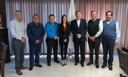 Se reúne Gobernador con el Colegio de Contadores Públicos de Mexicali