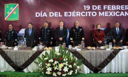 Reconocen labor del Ejercito Mexicano a 106 años de su creación