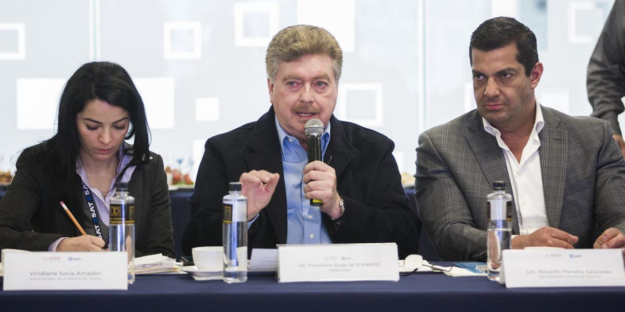 Analiza Gobernador Vega proyectos estratégicos con Administrador General de Aduanas