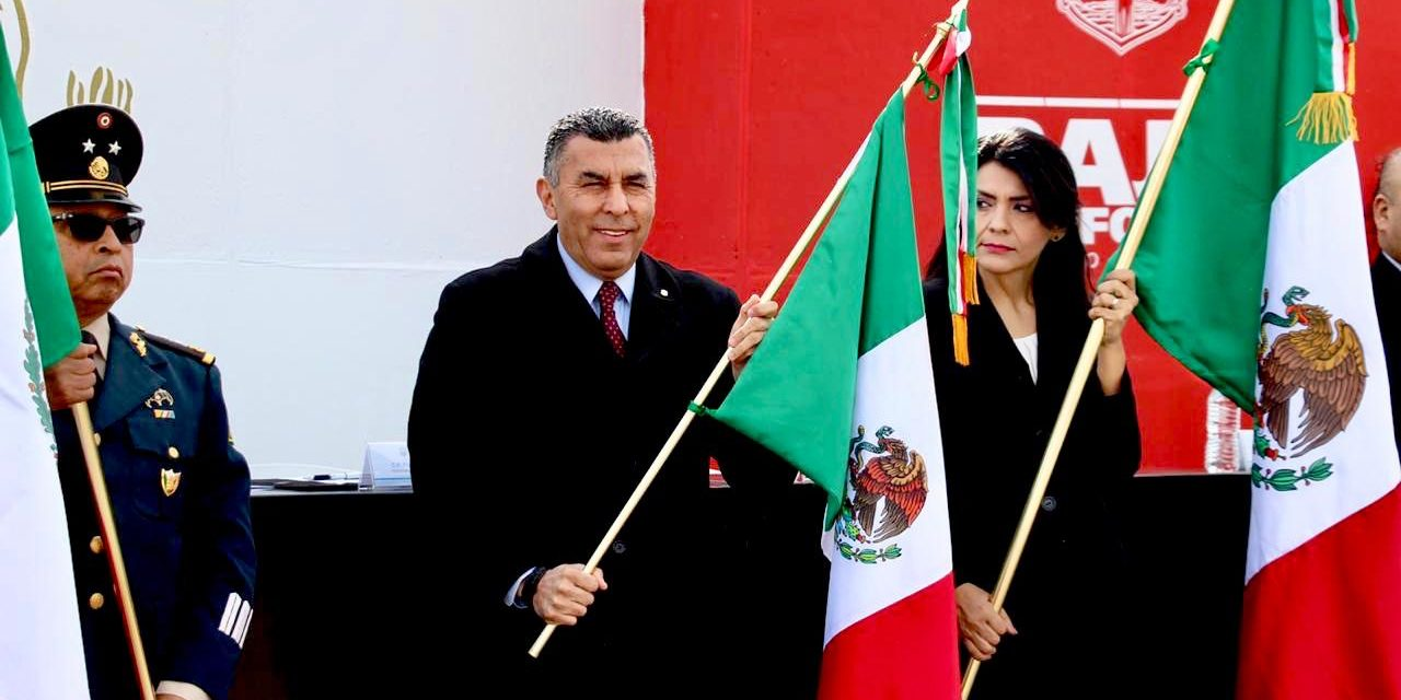 Celebran ceremonia conmemorativa al 198 Aniversario del Día de la Bandera