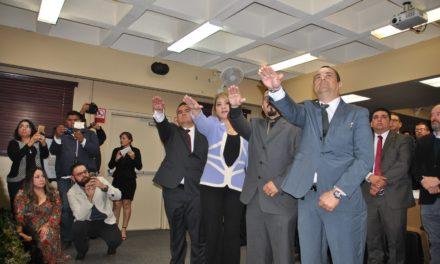 Toman protesta a nuevo Consejo Directivo del Colegio de Abogados
