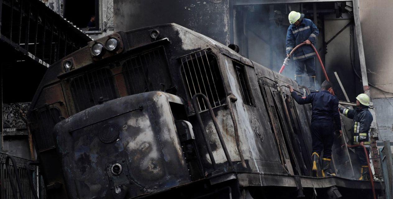 Accidente ferroviario en El Cairo deja 25 muertos