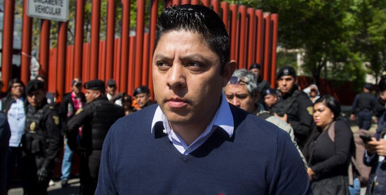 Desbandada en la bancada del PRD en San Lázaro: renuncian 9 diputados al partido