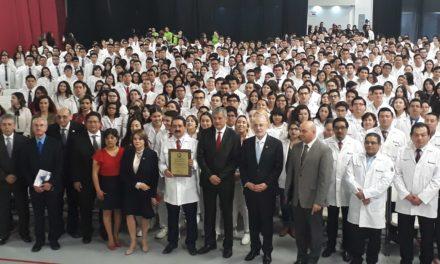 Recibe acreditación nacional Facultad de Medicina de Universidad Xochicalco