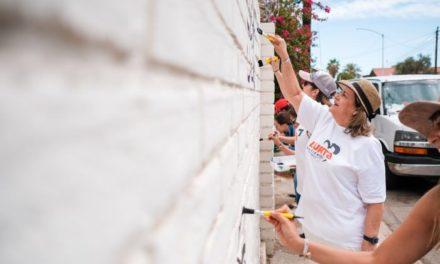 Deja Lupita Gutiérrez mensajes positivos por la ciudad