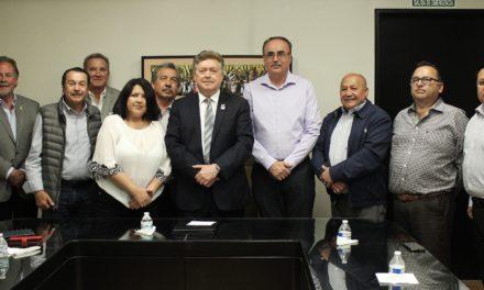 Recibe Gobernador a directivos de CANACO Tijuana