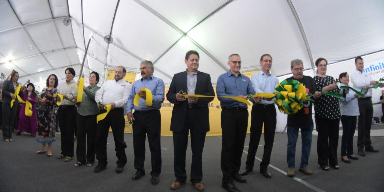 Festejan 20 años de la Feria Internacional del Libro UABC