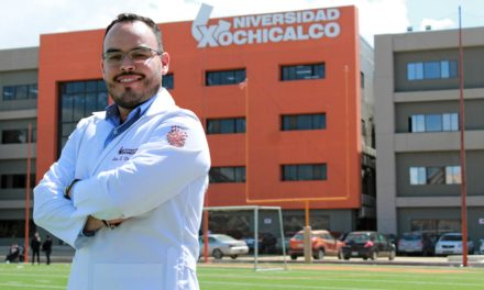 Médico egresado de Xochicalco realizará especialidad en Northridge Hospital Medical Center
