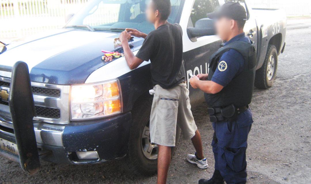 Captura PEP a narcomenudista y a ladrón de vehículos, ambos prófugos