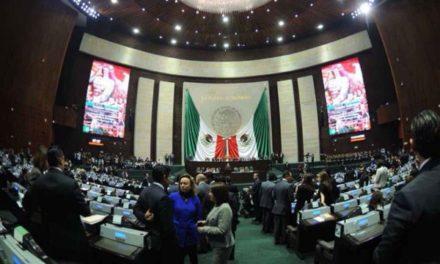 """Diputados avalan """"cancelación"""" de reforma educativa de EPN"""