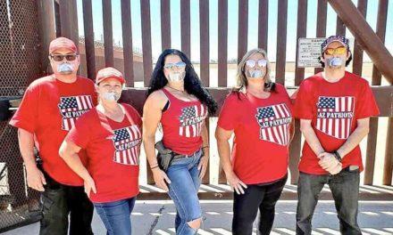 Mexicanos vigilan en la frontera estadounidense a indocumentados