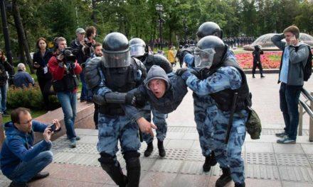 Más de 600 detenidos en protesta opositora en Rusia