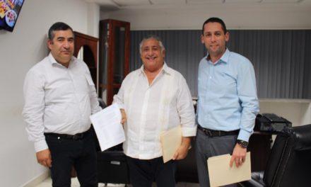 Denuncia Amador Rodríguez a José Luis Ovando por delitos financieros