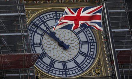Reino Unido y UE 'meten velocidad' en conversaciones sobre el Brexit
