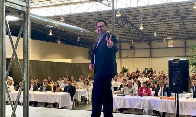 Debemos usar la tecnología para que la gente gané mas en sus trabajos: Mauricio Bustos Eguía