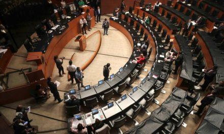 Cuestiona AMLO periodo de descanso tan largo en el Legislativo