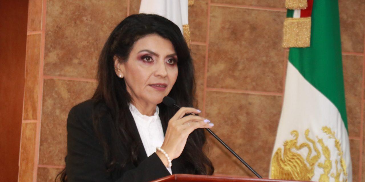 Inadmisible consulta ciudadana para ampliación de gubernatura: Eva Ma. Vásquez