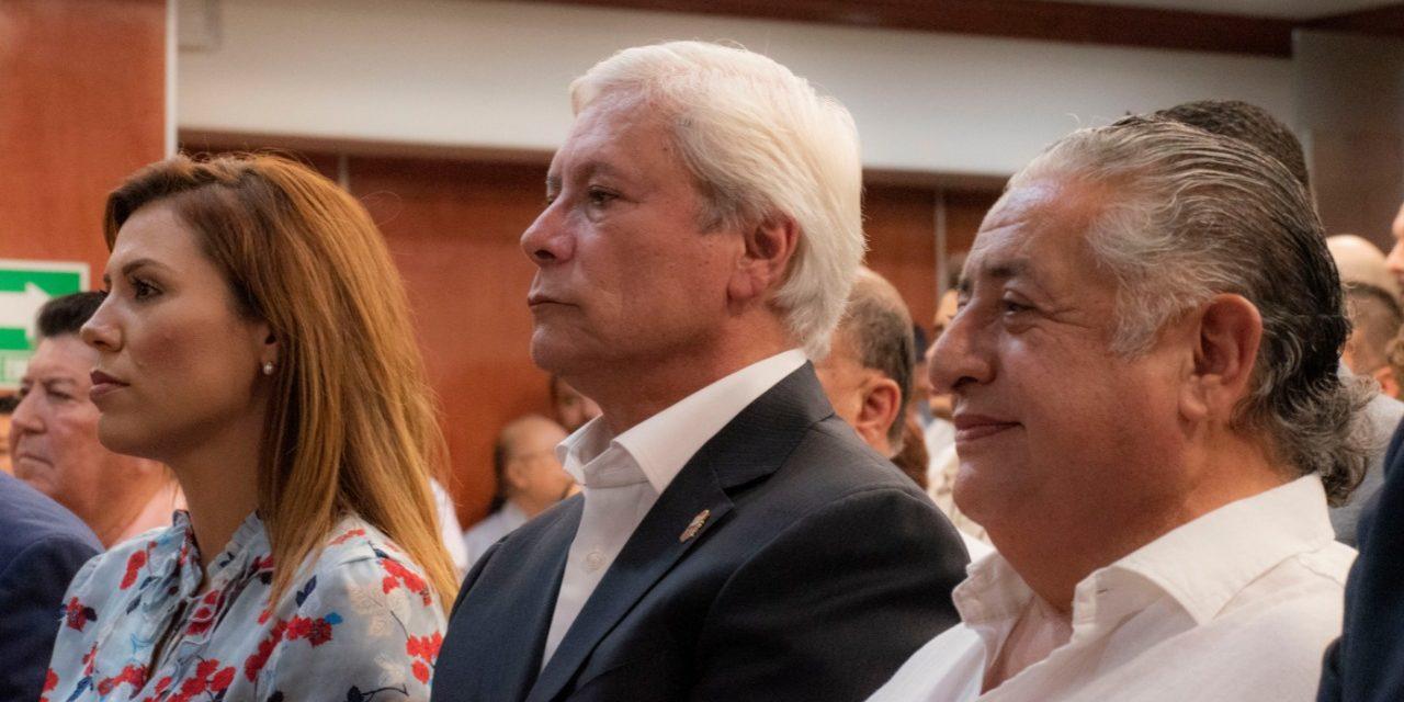 Busca Bonilla innovar la relación con el Congreso del Estado
