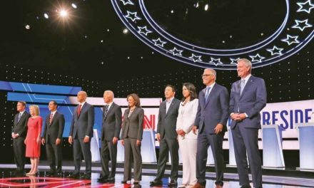 Reprochan a Biden por deportaciones en segundo debate demócrata en EU