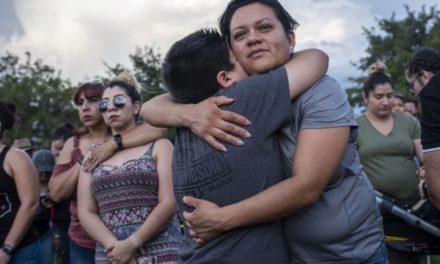 Aumentan a 22 los muertos por la matanza de El Paso, Texas