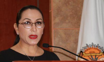 Dip. Araceli Geraldo instó al Secretario de Educación para que atienda la demanda de los maestros
