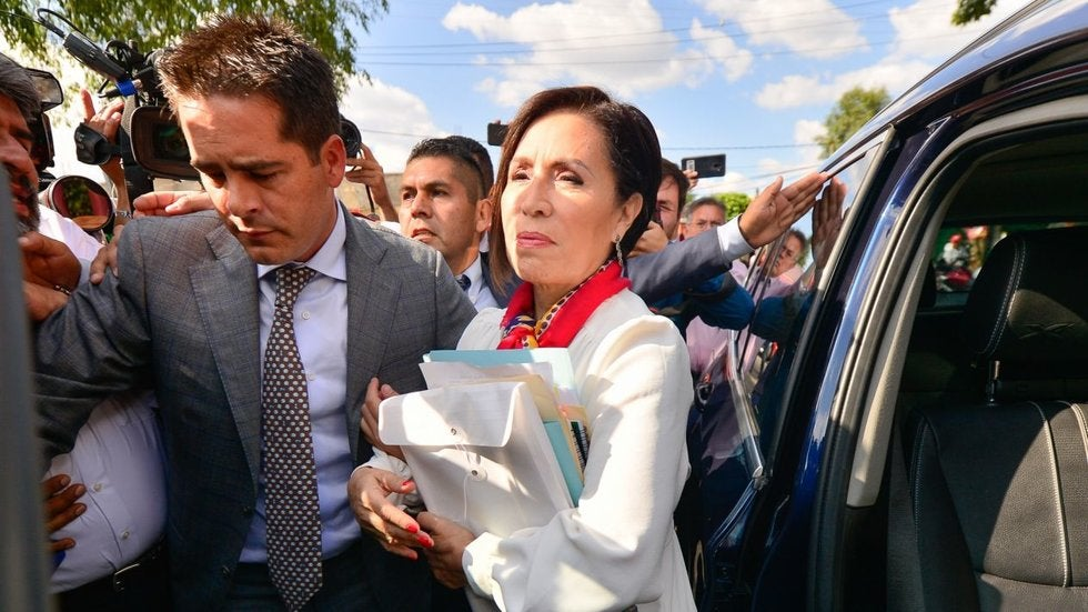 Vinculan a proceso a Rosario Robles, irá a la cárcel