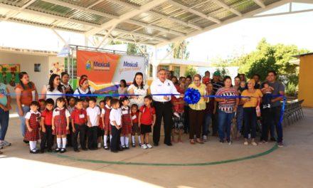 Alcalde entrega infraestructura escolar en el poniente de Mexicali