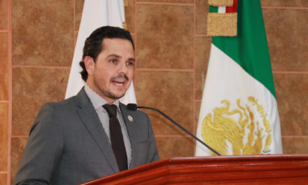 Propone Fausto Gallardo actas de nacimiento gratuitas para trámites escolares