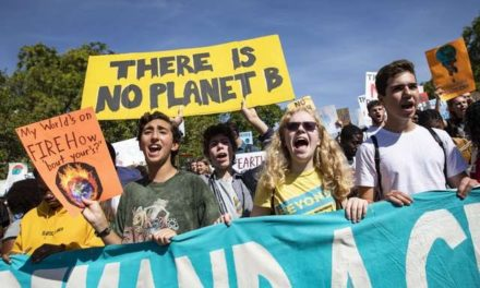 Miles de personas en todo el mundo marchan contra el cambio climático