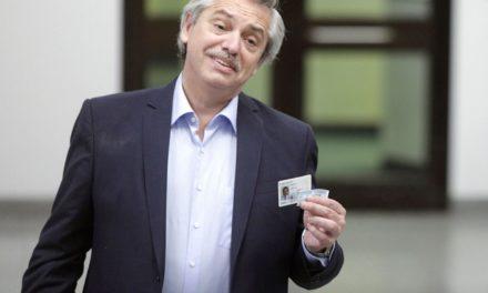 Fernández aventaja a Macri en elección presidencial de Argentina