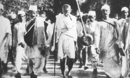 Roban cenizas de Gandhi mientras celebraban 150 aniversario de su nacimiento