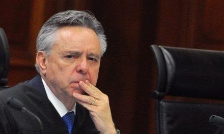 Renuncia Medina Mora como Ministro de la Suprema Corte de Justicia