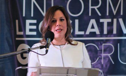 Presenta senadora Gina Cruz Primer Informe Legislativo