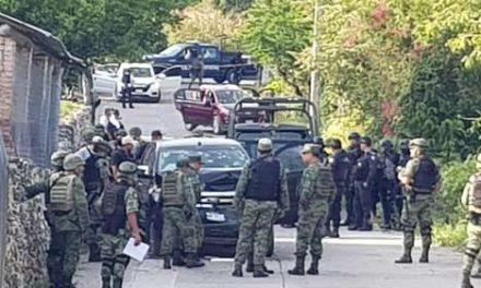 Guerrero: mueren 14 pistoleros y un soldado en refriega
