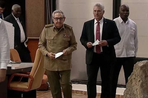Estrena la Asamblea Nacional de Cuba nuevo esquema de gobierno