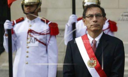 Presidente de Perú disuelve el Congreso para acallar a la oposición