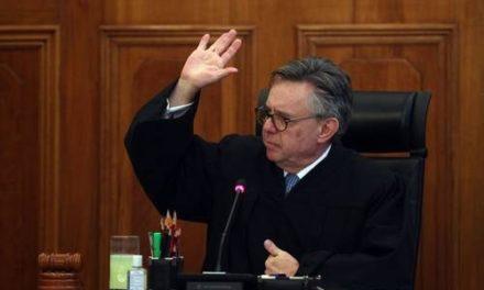 Medina Mora rehúye explicar razones de su salida de la Corte