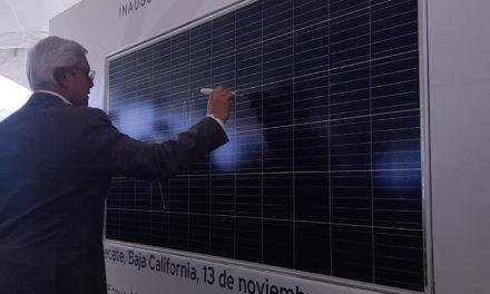Inaugura Bonilla campo fotovoltáico de 160 mil páneles solares