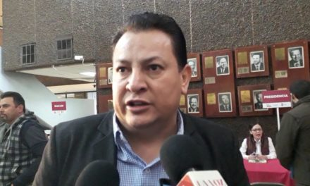 Hasta 46 mil pesos de multa a choferes que no registren unidades UBER ante Simutra