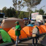 Organizaciones campesinas bloquean accesos a San Lázaro