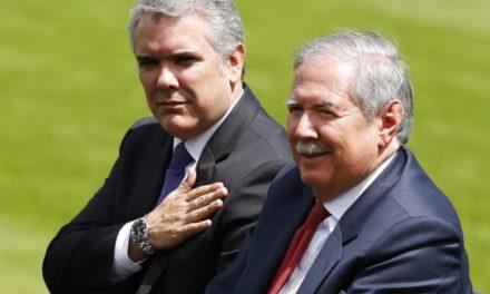 Renuncia ministro de Defensa de Colombia tras muerte de niños