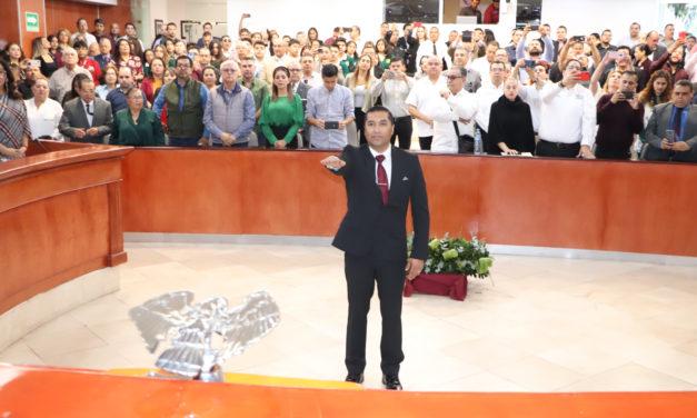 Rinde protesta diputado suplente de Catalino Zavala